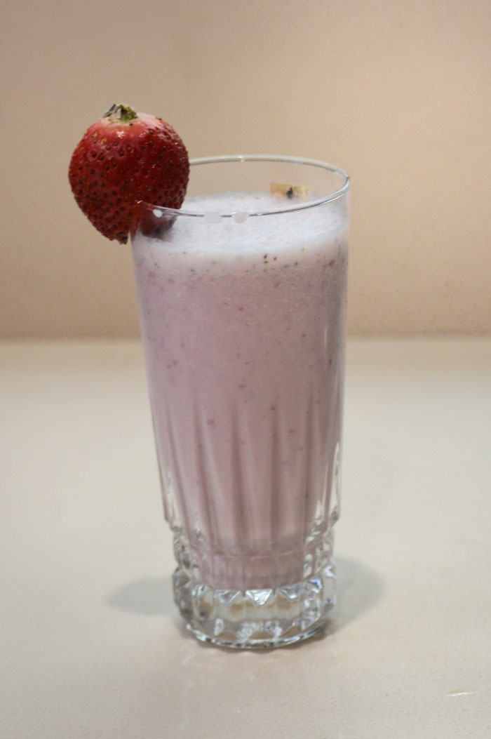 Strawberry Oats Smoothie